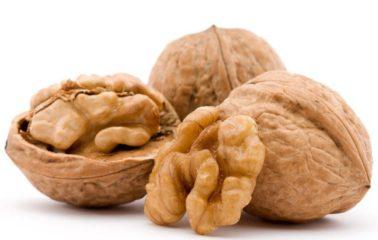 Сколько пользы в грецком орехе, и есть ли вред?